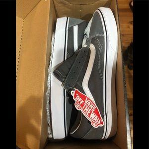 Vans old skool grey shoes NWT in box. Size 11.